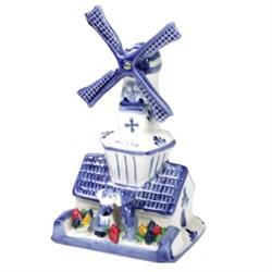 DELFT BLUE Windmill w/Kissing Couple and Flowers 20cm