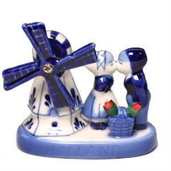 DELFT BLUE Windmill Kissing Couple Tulips 8.5cm